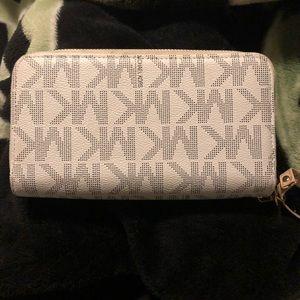 Michael Kors Bags - Michael Kors wallet large